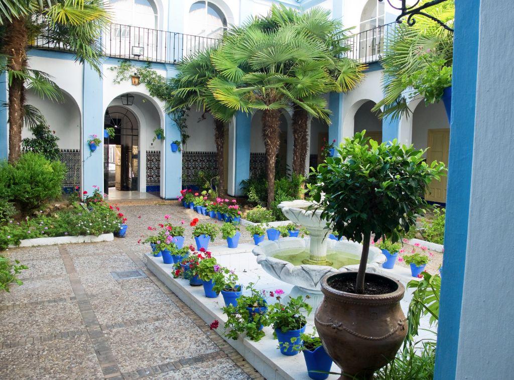El patio andaluz y sus ventajas arquitectura bio - Un patio andaluz ...